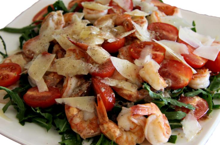 салат с пуколой и креветками рецепт с фото